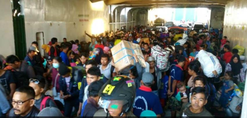 Mudik Lebaran 2018, Penumpang Kapal Feri Over Kapasitas