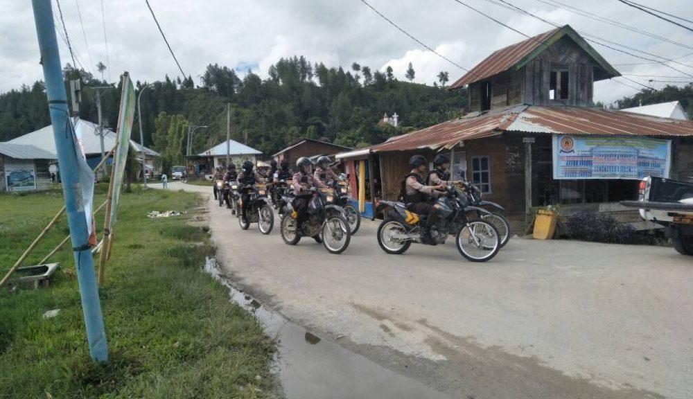 Pasca Pilkada, Gabungan Sabhara Polres Mamasa-Brimobda Sulbar Lakukan Patroli
