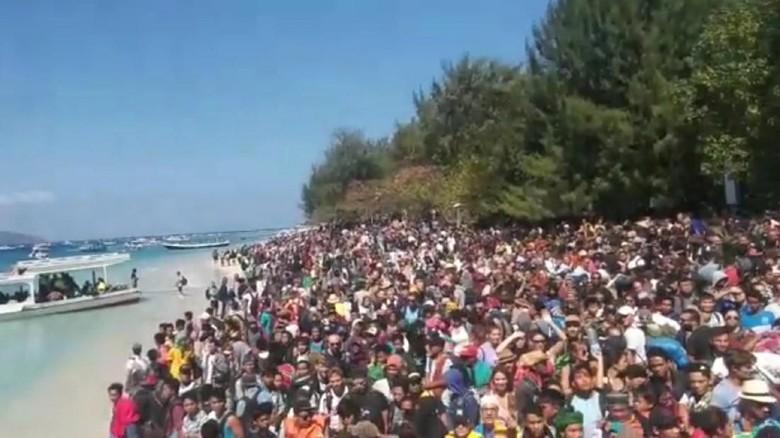 BNPB: 2.000-2.700 Turis Dievakuasi dari Gili Trawangan