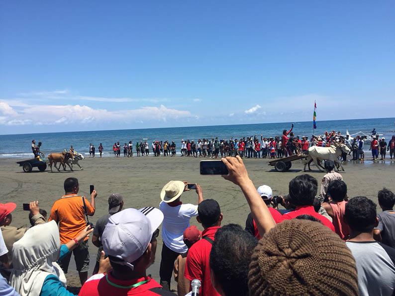 Keseruan Gerobak Race di Fesitval Kayumaloa Pasangkayu