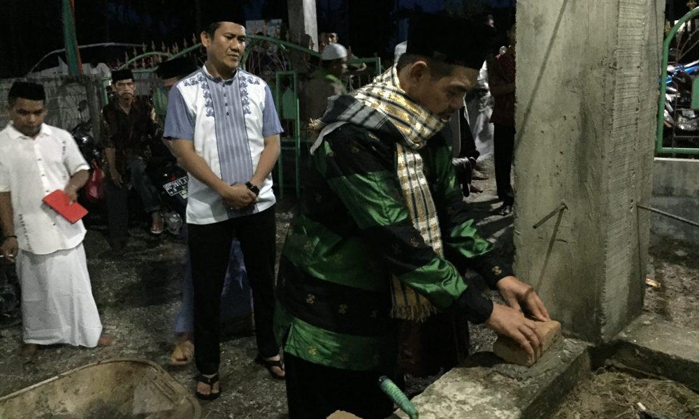 Wabup Pasangkayu Bantu Pembangunan Masjid di Tanjung Parappa