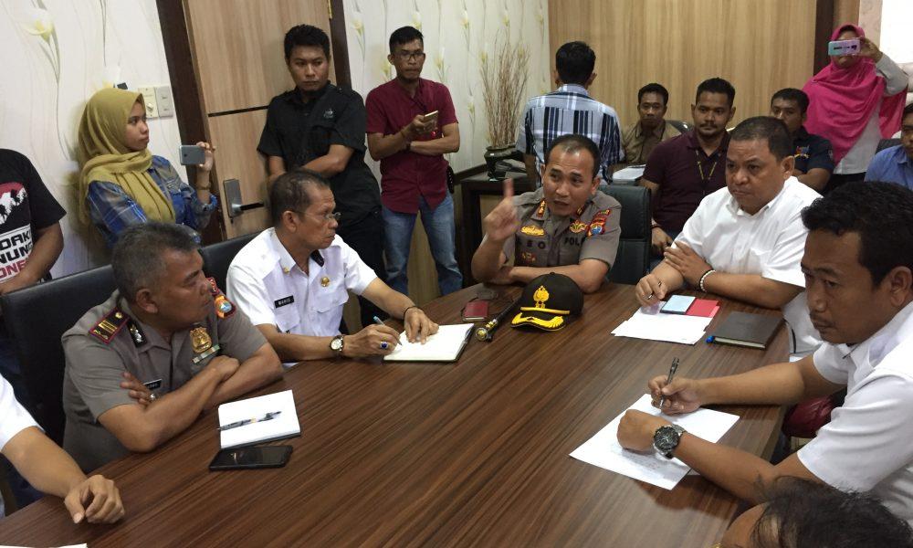 Pemkab Pasangkayu Fasilitasi Penyelesaian Konflik Masyarakat Dengan PT.Pasangkayu