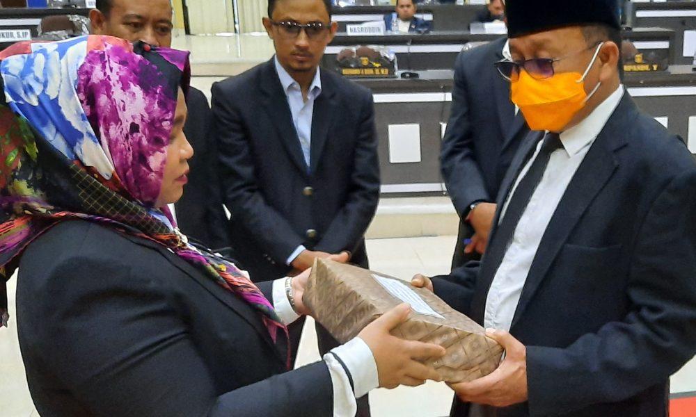 DPRD Pasangkayu Setujui Ranperda LPJ TA 2019