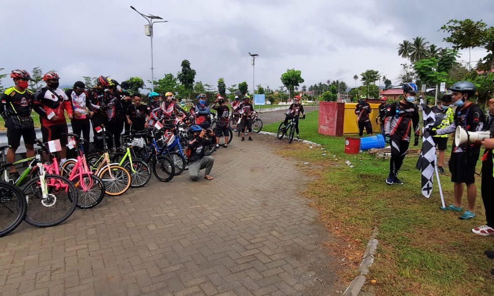 Sekkab Pasangkayu Lepas Peserta 'Bike Camp Merdeka'