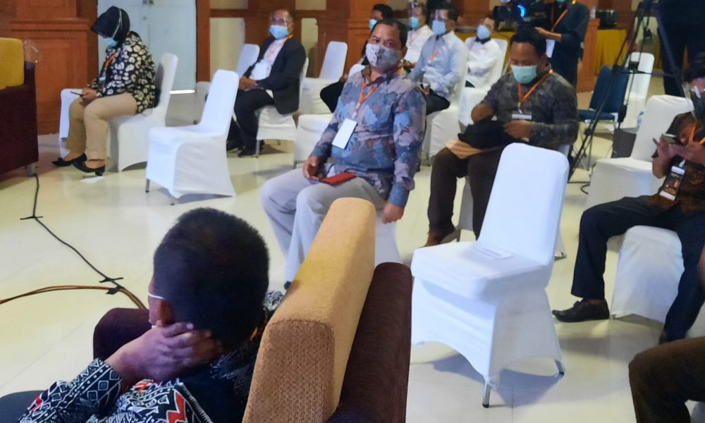 Ketua Desk Pilkada Pasangkayu Hadiri Debat Putaran ke Dua.