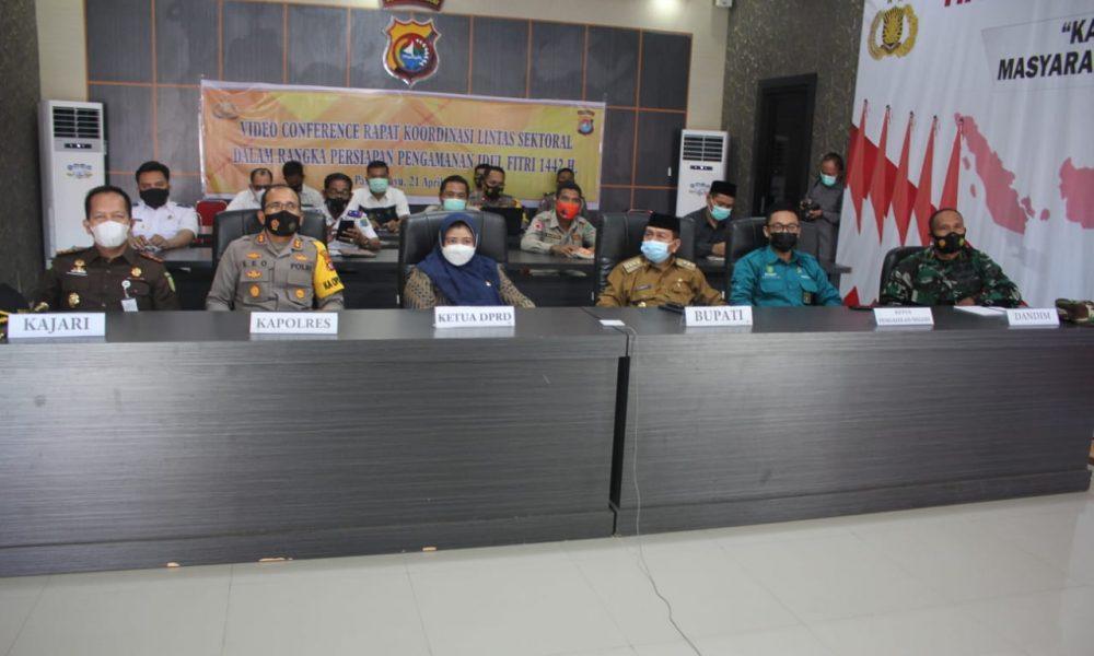 Bupati-Kapolres Pasangkayu Vidcon Persiapan Pengamanan Idul Fitri