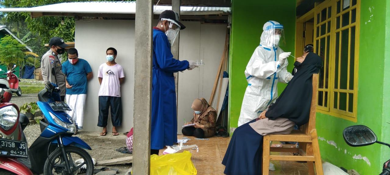 Baru Bepergian, 11 Warga Sarude Jalani Pemeriksaan Antigen
