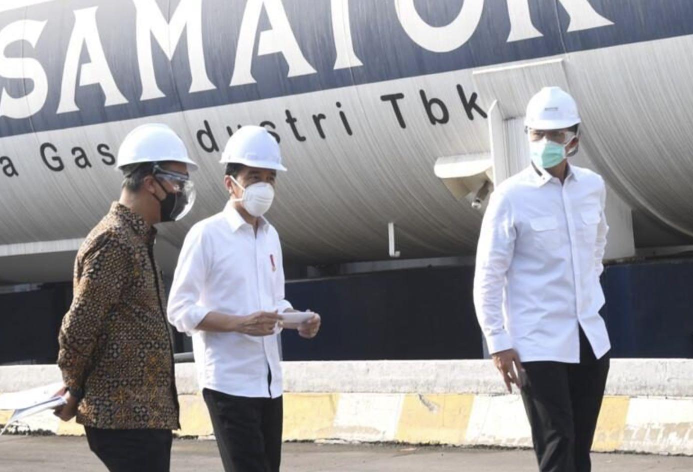 Presiden Tinjau Pabrik Oksigen, Ingin Pastikan Kebutuhan Oksigen Medis Nasional Terpenuhi