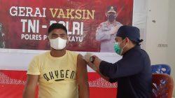 Lagi, Ratusan Warga Ikuti Vaksinasi di Gerai Polres Pangkayu